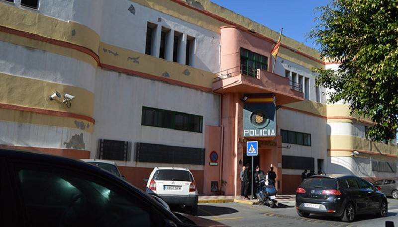 El Pueblo de Ceuta - La ARP denuncia el estado de las oficinas de expedición de DNI y pasaportes - AGRUPACIÓN REFORMISTA DE POLICÍAS